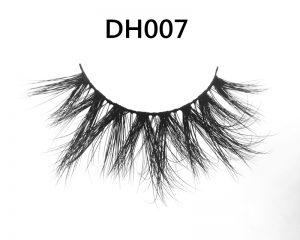 01_DH007_mink_lashes